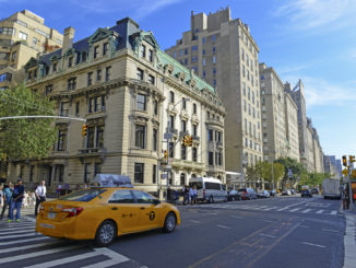 A picture of some of the hotels on 5th Avenue in Manhattan, New York C.
