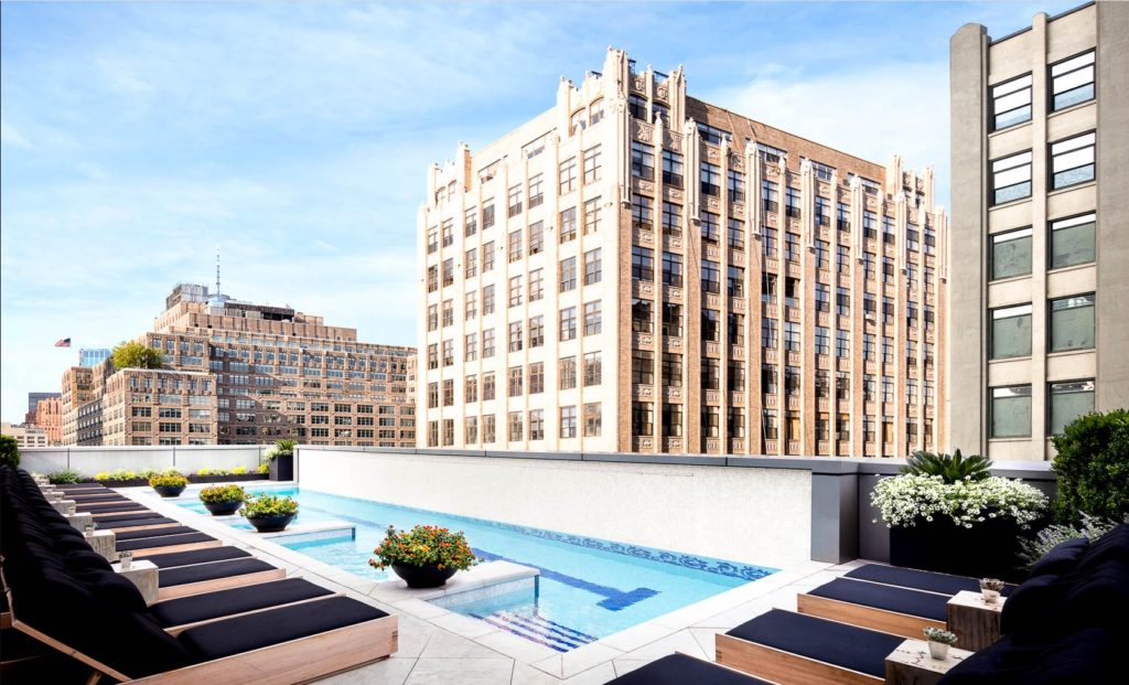 New York Hotels with rooftop Pools